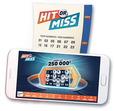 Un billet OLG Hit or Miss et d'un téléphone intelligent affichant l'application mobile OLG Hit or Miss sur l'écran